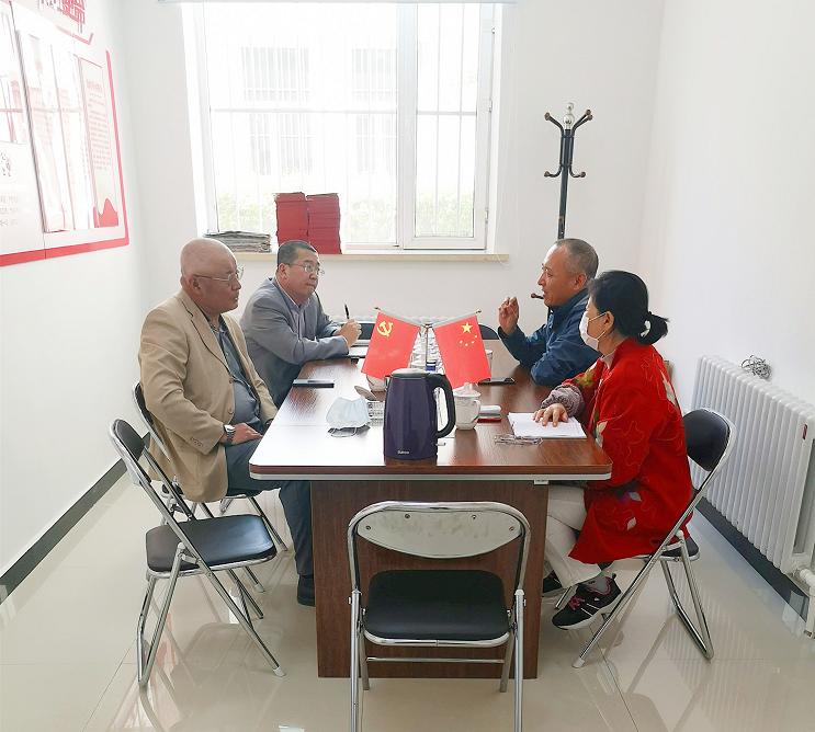 省建筑节能协会领导应邀访问省房协